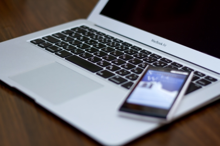 WiFiとは?設定方法や出先でネットを使うワザ!家でも外でも快適!
