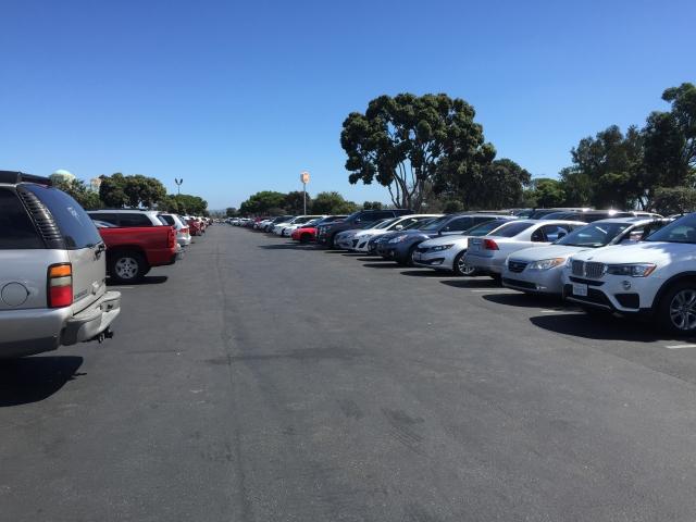 【ディズニーランドの駐車場ガイド】何時から?混雑回避ルートは?